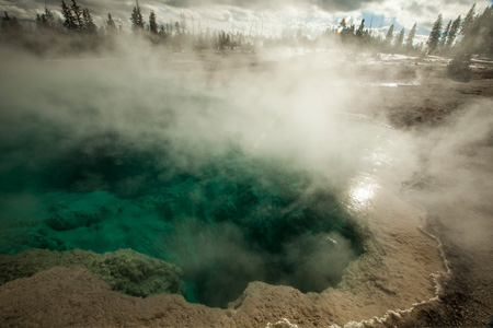 Geo Thermal Pool | Yellow Stone National Park